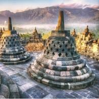 Sunrise Berkabut Di Borobudur